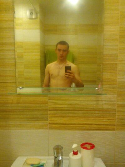 Фото мужчины Михаил, Санкт-Петербург, Россия, 19